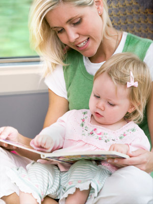 Talking about Books: Moms Sharing Books with Toddlers